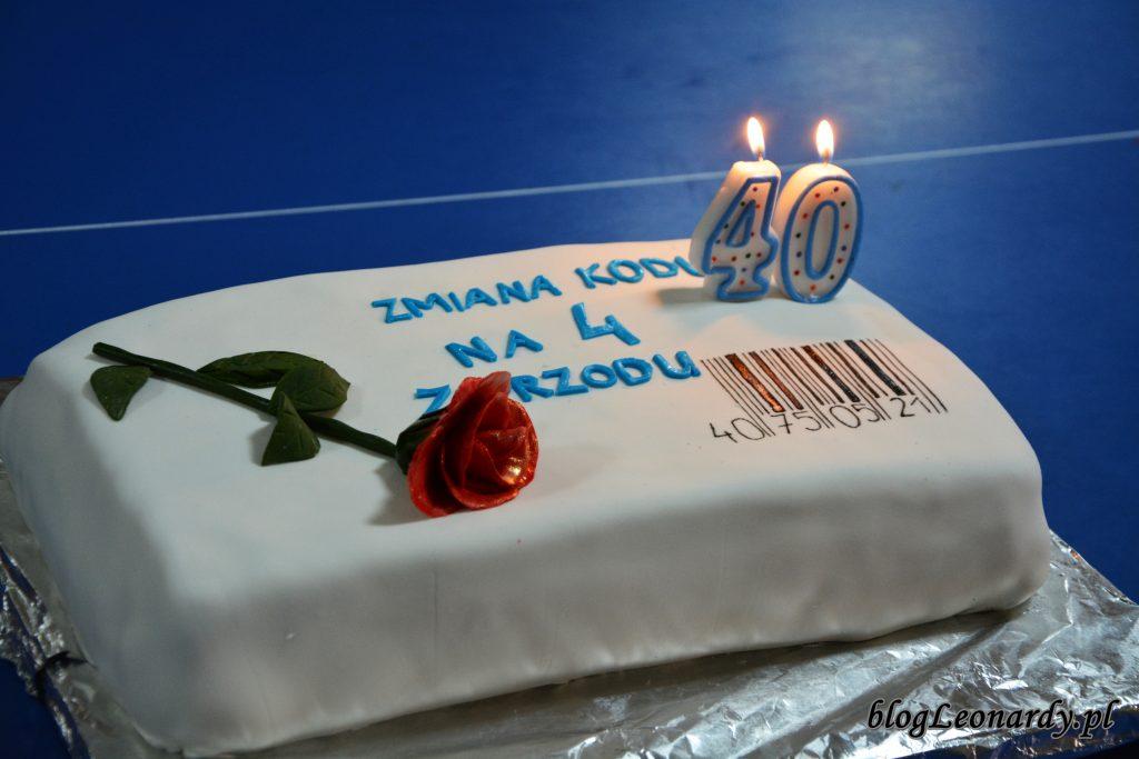 tort na 40 pomysły