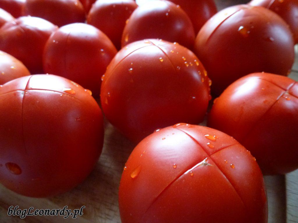 pomidory na sos