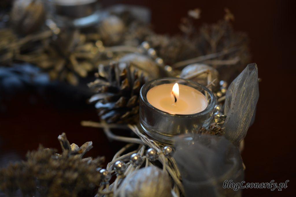 wieniec adwentowy świeczki