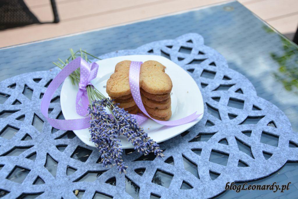 2. ciasteczka z lawendą