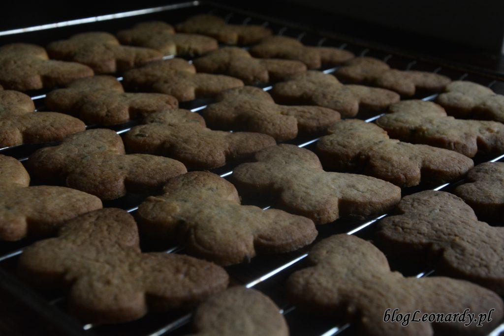 kruche ciasteczka z lawendą