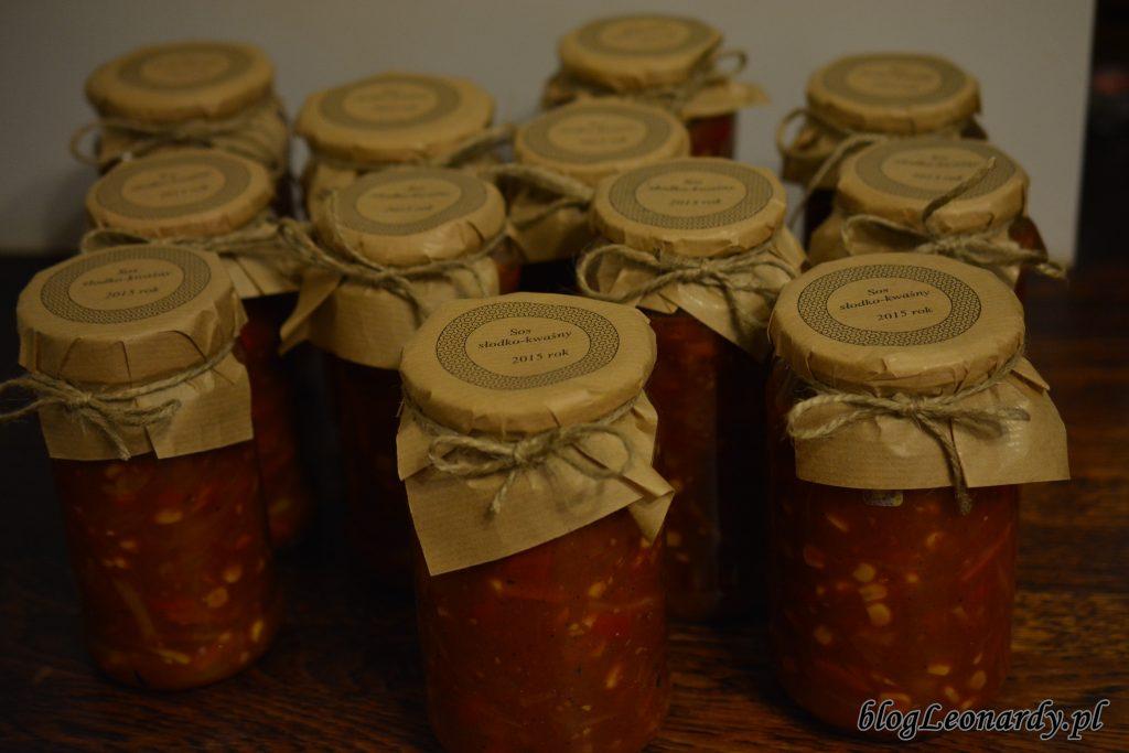 pyszny sos słodko - kwaśny w słoikach