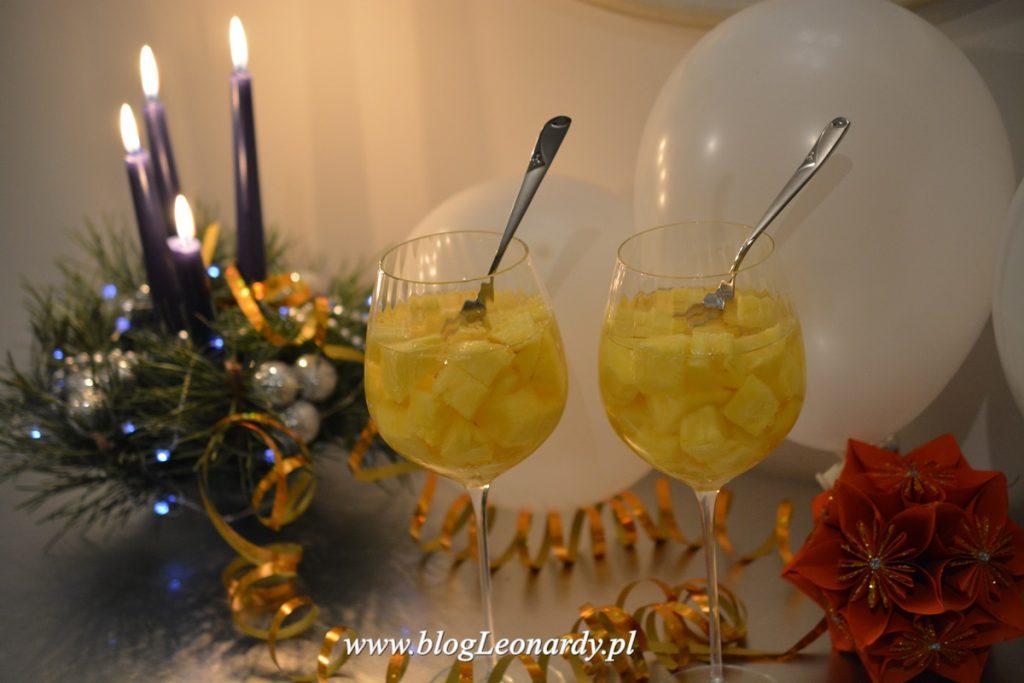 ananas-z-szampanem